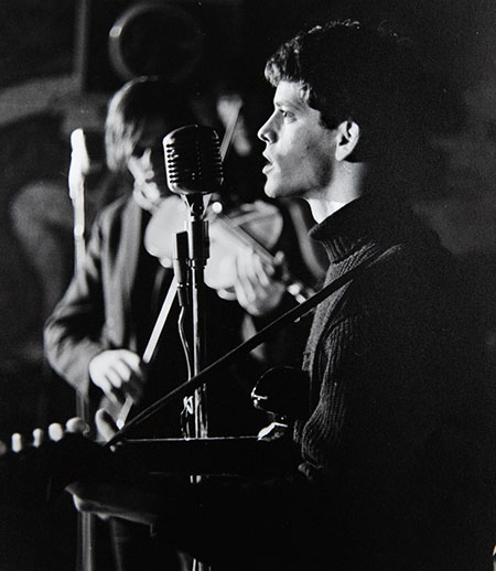Lou Reed singing