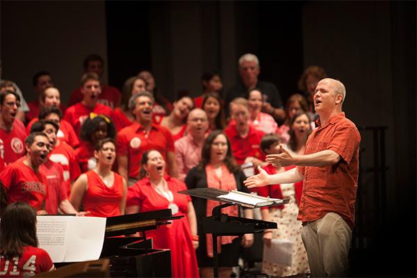 Robert Isaacs directing Chorus